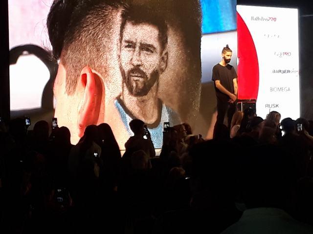 Tatuaje Corte de Cabello Lionel Messi Con Maquina Electrica